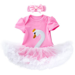Chinese  0-2 years newborn baby cute swan romper tutus with headband babies swan one-piece jumpersuit with ruffle skirts lovely outfit manufacturers