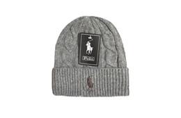 Опт Мужчины Женщины Мешковатые теплые вязаные крючком зимние шерстяные вязаные шапочки черепа с напуском шапки шляпа для девочек Gorras Mujer
