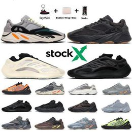 kanye west new unisex breathable shoes NZ - 2020 New kanye west shoes white 700 running Shoes Azael Alvah Alien Mist Wave Runners 700 v2 Carbon Blue Vanta sneakers shoe trainers