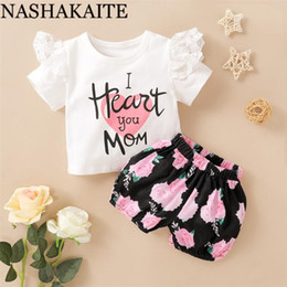 baby mom clothing Canada - NASHAKAITE Newborn Baby Girl Clothes Age 3-24M I HEART YOU MOM Letter Pretty Lace Top and Rose Shorts Set Baby Girl Clothes Set