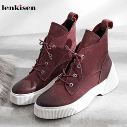Wholesale Lenkisen vintage western genuine leather round toe med heels non slip fashion multicolor winter keep warm women ankle boots L82