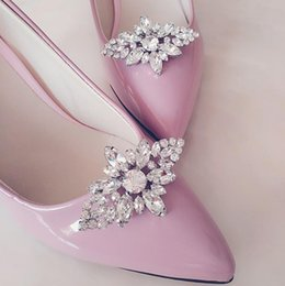 c19287f11d54a Removable 2017 womens removable diamond crystal shoes buckle shoe  decorations new design shoes clip