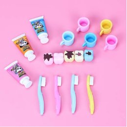 $enCountryForm.capitalKeyWord Australia - 4PCS Set New Fashion Tooth Shaped Eraser Rubber Stationery Kid Gift Cute Pupils Supplies