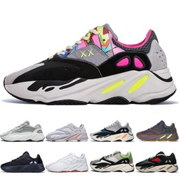 Chinese  With Box Kanye West 700 V2 Static 3M Mauve Inertia 700s Wave Runner Mens Running shoes for men Women Athletic sports sneakers designer boots manufacturers