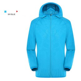 mens travel jackets Australia - 2020 Mens Fashion Sports Jacket Brand Windproof Windbrenk Fishinig Bicycle Running Mountaineer Travel Casual Jacket Top New Hot Selling