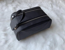 Canvas makeup pouCh zipper online shopping - 2019 High end quality men travelling toilet bag fashion women wash bag large capacity cosmetic bags makeup toiletry bag Pouch