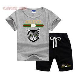 $enCountryForm.capitalKeyWord Australia - GVCH Little Kids Sets 2-7T Kids T-shirt And Short Pants 2Pcs sets Baby Boys Girls 95% Cotton Pattern Design Printing Style Summer Sets lw08