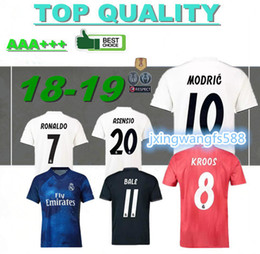 Thailand quality 2018 2019 new Real Madrid modric MODRIC KROOS soccer  jerseys ASENSIO ISCO RAMOS BELL champions league football jersey dcca28c3b
