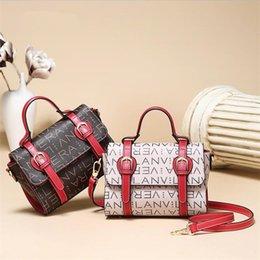 $enCountryForm.capitalKeyWord Australia - PU shoulder bags luxury handbags designer for women 2018 letter printed hobos casual totes beauty bag