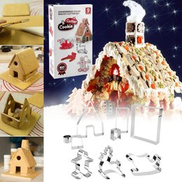 $enCountryForm.capitalKeyWord Australia - akeware Cookie Tools 9pcs lot Stainless Steel Biscuit Cookie Cutters Stamp 3D Christmas Gingerbread House Mould Pastry Cake Dessert Decor...