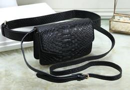 5ff40bc56 Envío gratis 2019 nuevo diseño de moda caliente de las mujeres de piel de serpiente  bolsos bolsos bolso de la cintura bolsa de hombro