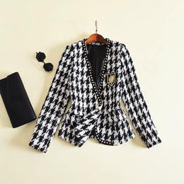 $enCountryForm.capitalKeyWord Australia - 2019 Women's Fashion Rivets Embroidered Badge V-neck Blazer Jacket Houndstooth Black White Color Block Tweed Coats Leisure Suit J1