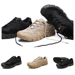 2019 Intere scarpe vendita escursionismo uomini scarpe sportive di trasporto del nero marrone dropshipping sport antiscivolo scarpe da ginnastica formatori graduano 38-46 in Offerta