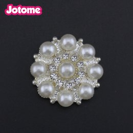 $enCountryForm.capitalKeyWord Australia - wholesale Craft Pearl Crystal Rhinestone Buttons Flower Round Cluster Flatback Wedding Invitation Embellishment button Jewelry Craft