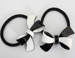 $enCountryForm.capitalKeyWord Australia - 4X4CM black and white acrylic C style Double flower hair ring rubber band hair clips headdress Counter gift 4pcs lot