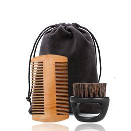 Großhandel Mens Bestes Grooming Kit Double Sided Laus Holz Bart kämmt und Eber-Borste Pflege Pinsel Barber Kit