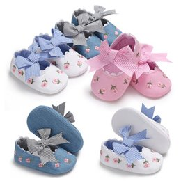 Little Girls Sneakers Australia - 2019 Newborn Baby Girl Flower Sneakers Toddler Cotton Bow Casual Shoes Infant Little Girls Princess Sequin Stars Leather Shoes 0-18Ms