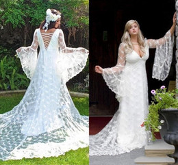 China Sexy Corset Country Lace Wedding Dresses A Line New 2019 Illusion Long Bell Sleeves Puffy Bohemian Beach Boho Bridal Wedding Gowns Plus Size supplier bell sleeves wedding suppliers