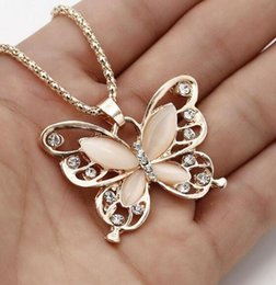 $enCountryForm.capitalKeyWord Australia - Flawless Women Lady Necklace Choker Pendientes Rose Gold Opal Butterfly Pendant Exquisite Necklace Sweater Chain Oorbellen