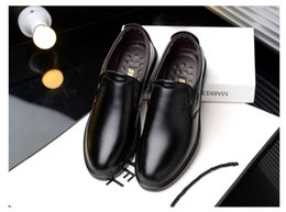 $enCountryForm.capitalKeyWord Australia - 2018 New breathable Slip on Casual Men Loafers New Autumn Mens Shoes Leather Men's Flats business casual Driving Shoe