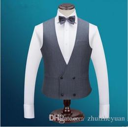 Venta al por mayor de Nuevo doble botonadura barato gris raya novio chalecos para hombre traje para boda slim fit padrinos de boda chaleco por encargo trajes de boda