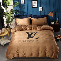 TexTile prinTing designs online shopping - Brand Design Letter Print Bedding Set American Style Print Duvet Cover Set Lifelike Bedclothes With Pillowcase Bed Home Textiles