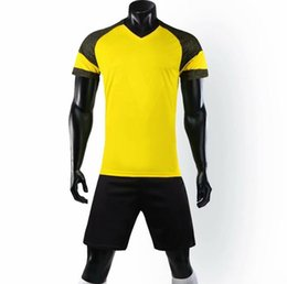 926ebc4ae Adult Soccer Sets Kids Football Sets Jersey Football Kids Cool Football  Team Tracksuit Custom Training Uniforms Clothes
