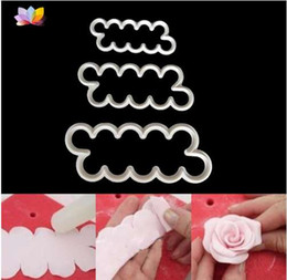 fondant accessories for cakes UK - PF 3pcs Cookie Molds Fondant Cake Mold Flower Rose Cutters Silicone Baking Tools for Cakes Cookie Patisserie Kitchen Accessories
