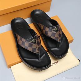 $enCountryForm.capitalKeyWord Australia - Best Italy WITH BOX New Men Slides Summer Luxury Designer Beach Indoor Flat G Shoes Brand Mens Sandals Slippers House Flip Flops With Spike