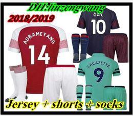 d7d8da0316b Men kits 2018 2019 Soccer Jersey ALEXIS GIROUD OZIL WALCOTT XHAKA LACAZETTE  jersey Thai Quality 18 19 sports football shirts