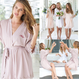 Night robe 3xl online shopping - Cheap Bridesmaid Brides Night Robe Bride Wedding Gift Bathrobe Kimono Soft Night Gowns Sleepwear Robes For Weddings Customize Name FS8217