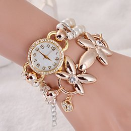 $enCountryForm.capitalKeyWord Australia - Fashion bracelet watch with twisted diamond and creative pearl new style watches for female students