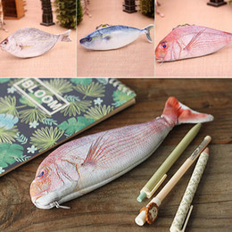 Box Case Fish NZ - 1PC case box Women Large Capacity Cosmetic Bag Wholesale New Creative fish shaped pencil bag Random Color
