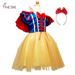 $enCountryForm.capitalKeyWord Australia - wholesale Girls Snow White Dress Up Clothes Girl Short Sleeve Princess Costume with Cape Hallowee Kids Cosplay Party Bow