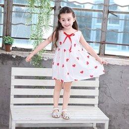 2019 meninas vestido de coração de verão para as crianças festa de casamento princesa do casamento a linha vestidos menina coração vermelho imprimir roupas sem mangas em Promoção