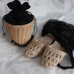 Chinese red slippers online shopping - 2019 new summer fashion unisex home shoes women s straw slippers new couple shoes handmade Chinese style comfortable sandals