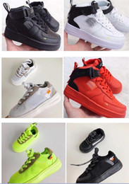 Infant Lowers Australia - 2019 Low Designer Kids Running Shoes Off Infant Toddler 1 Children Chaussures pour enfants Boy Girls Sports Sneakers White Green Orange