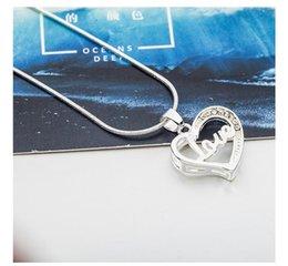 $enCountryForm.capitalKeyWord Australia - Women Fashion Love Heart Crystal Rhinestone Silver Chain Pendant Necklace Bridal Wedding Jewelry Girls Party Gift
