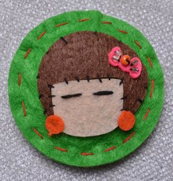 $enCountryForm.capitalKeyWord Australia - Wholesale Children's Lovely Cartoon Korean Edition Knitted Brooch Cloth Hand-sewn Little Girl Brooch