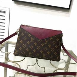 $enCountryForm.capitalKeyWord NZ - High quality Messenger Bags Women's shoulder bag Tassel Women Handbag Elegant Ladies Shoulder Bag Messenger Purse Satchel Cosmetic bag N009