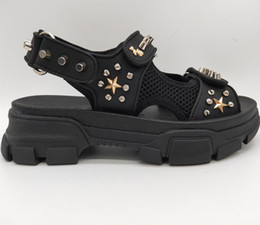 studs sandals Australia - New Arrival Mens Leather and Mesh Sandal with Studs Crystals Summer Fashion Luxury Designer Women Sandals Riveted Slide Slippers Shoes &box