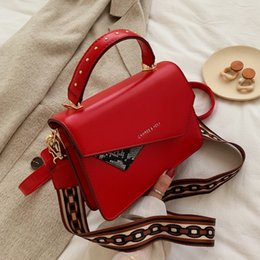 pink patchwork bag Canada - 2019 Women Patchwork Messenger Bags PU Leather Solid Color Small Flap Bag Shoulder Crossbody Bag Girls Clutches Purses daidai 9