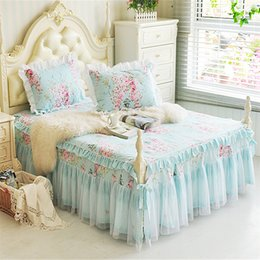 Wholesale Rose Flowers Ruffled Lace Girls Bed sheet Bedskirt Pillow shams Soft Cotton Twin Queen King size Bedskirt set Corners Split
