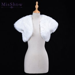 $enCountryForm.capitalKeyWord Australia - White Wedding Bolero Faux Fur Bridal Wedding Wrap Jacket Winter Evening Party Short Sleeve Shrug Bolero Coat Women's