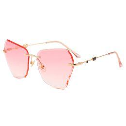 dac25c499c0f7 Top ladies personality sunglasses brand designer sunglasses love gold frame  glasses ladies high-end irregular fashion sunglasses with box