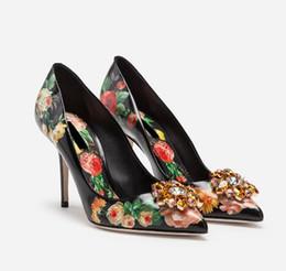 Crystal Diamond Fabrics Australia - New Spring casual women shoes Flower Print Slip on Bridal Pumps Diamond Embellished Toe Thin High Heels Crystal Party Dress Shoes 10