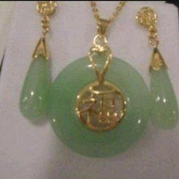 Beautiful Pendant Sets Australia - Necklace Beautiful Natural Jade Pendant and pair of Earrings Set