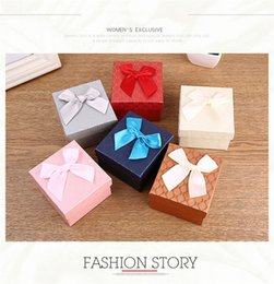 Bags Fish Scale Australia - Wholesale 6 Colors Fish scale Pattern 8.5*9*5.5cm Paper Jewelry Bag Gift Box for Christmas Jewelry Case Storage Container Party Decorations