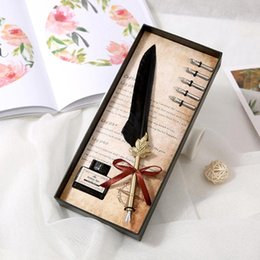 vintage stationery set NZ - Retro Calligraphy Feather Dip Pen Writing Ink Set Vintage Quill Pen Fountain Pens Stationery Gift Box Birthday Gifts Wholesale