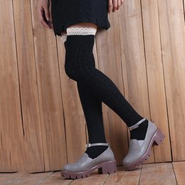 Chinese  2019 Autumn Women Cotton Stockings with Lace Cuffs Outdoor Warm Over Knee Long Socks Twist pattern Young Lady Thigh Stocking manufacturers